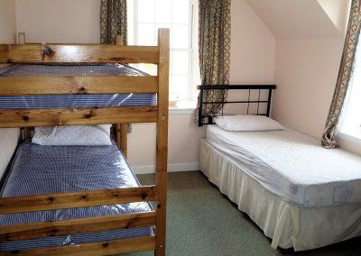 Carmichael-Centre-bunks-room