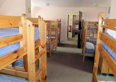Carmichael-Centre-bunks-room2